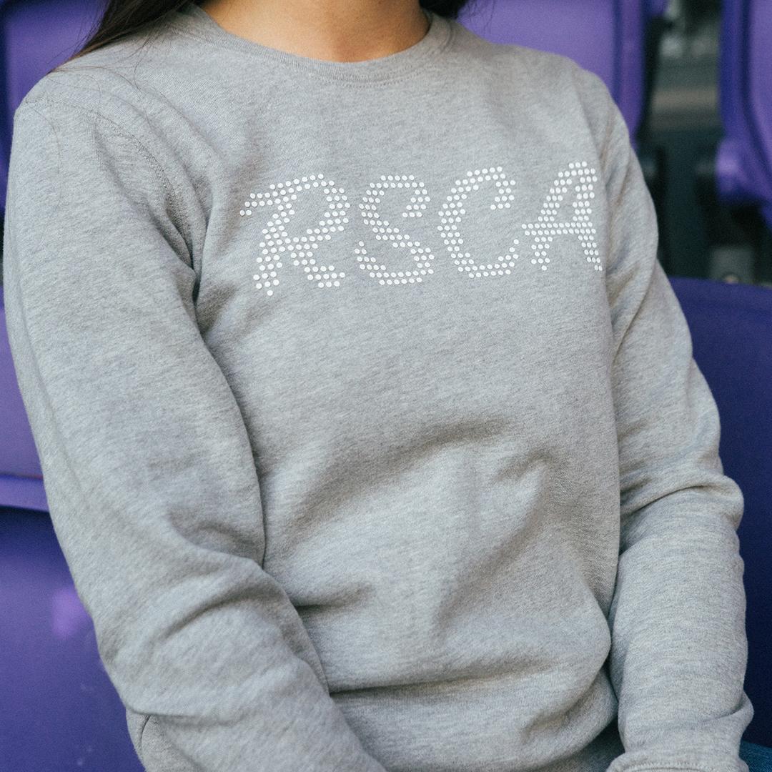 Sweater Girls Crewneck Italic